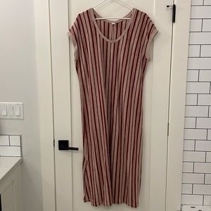 Susina Maxi (burgundy/pink) vertical stripe maxi with short side slits
